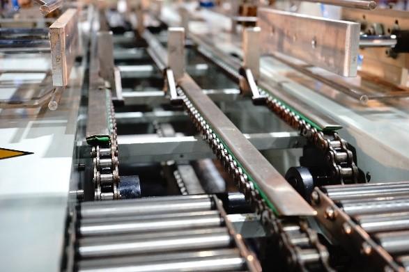 Lubrifiant supérieur pour machines pour chaînes, pneumatiques et autres assemblages de machines sur les marchés l'industriel et alimentaire.
